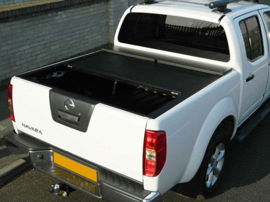 Nissan D40 Double Cab Roll and Lock 10-16