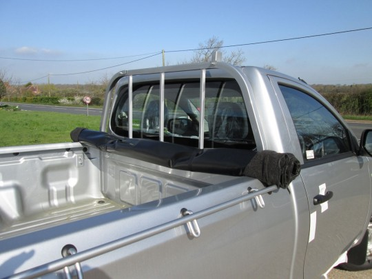 Mitsubishi L200 Single Cab Tonneau Cover 2017 on