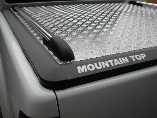 Mitsubishi Double Cab Mountain Top 01-05