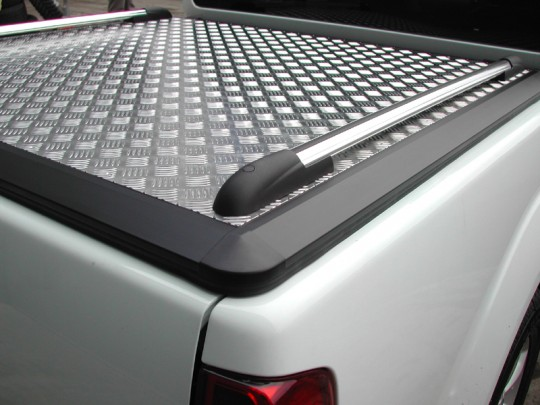 Mitsubishi Double Cab Mountain Top 01-05