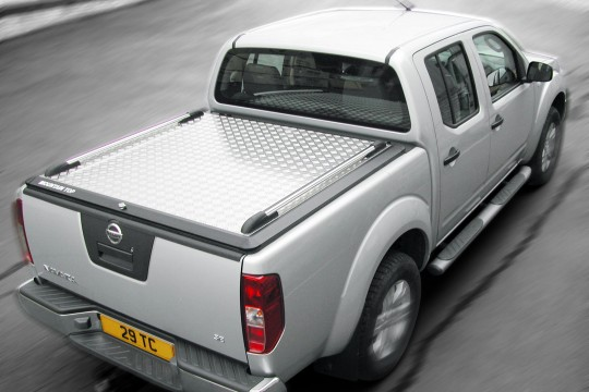 Nissan D40 Navara Mountain Top 10-16