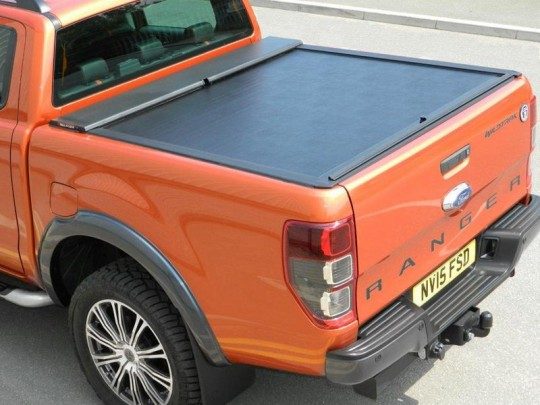 Double Cab Roll N Lock Tonneau Cover