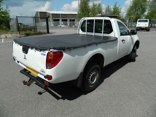Mitsubishi L200 Single Cab Tonneau Cover 06-10