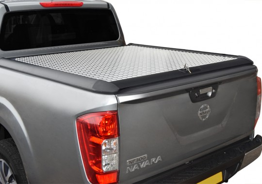 Nissan Navara NP300 Double Cab Mountain Top 16-ON