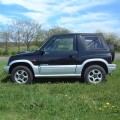 Suzuki Vitara 98-02 Zip OUt Side window hood in Black
